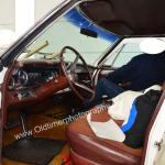 Cadillac De Ville bei Polierarbeiten im Innenraum