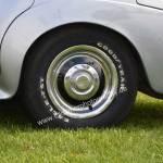 Bentley S2 mit Original Bentley- Felgen und Radkappe