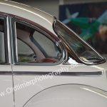 BMW 502 Detailansicht das durch Kipphebel zu öffnende Dreiecksfenster hinten