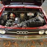Audi 80 mit verchromten Motorteilen