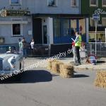Mercedes-Benz 220 SE (W128) Cabriolet rund um die Strohballen Meßkirch's
