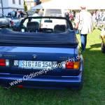 VW Golf 1 Cabriolet und hier Erdbeerkörbchen in blau