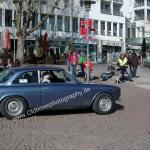Alfa Romeo 2000 GT Veloce während einer Zwischenprüfung bei einer Oldtimerrallye am Bodensee