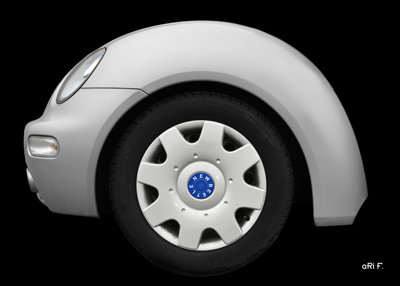 VW New Beetle fender in original color