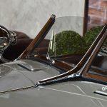 Mercedes-Benz 540 K Spezial Roadster mit Fensterrahmen aus Chrome und Edelholzapplikation