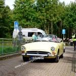 Sunbeam Alpine – Serie V bei der Einfahrt