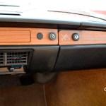 VW 411 Interieur und echtem Holzdekor