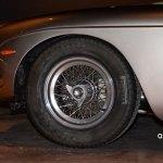 Lamborghini 400 GT 2+2 mit Speichenfelgen und Schnellverschlüssen