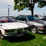 BMW 2000 C Typ 120 und rechts BMW 635 CSi