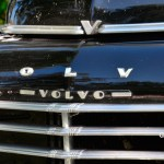 Volvo PV 444 Frontdetailansicht mit Schriftlogos auf der Motorhaube