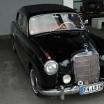Mercedes-Benz W 128 220 SE mit Schiebedach 128.011 (1958-1960)