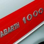 Abarth 1000 Schriftzug aussen am vorderen Kotflügel