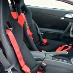 Porsche 911 GT3 3.8 Sport-Schalensitze mit Schroth 6-Punkt-Gurten
