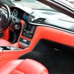 Maserati GranTurismo Interieur mit rotem Leder
