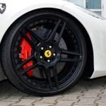 Ferrari 458 Spider mit schwarzen Hamann-Felgen