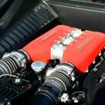 Ferrari 458 mit Achtzylinder-V-Mittelmotor