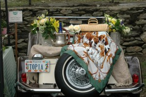 Vicky Van Mater's tailgate of a few years ago. The Middleburg Hunt scarf is featured.