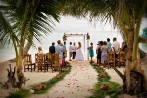 funadress-beach-wedding-24