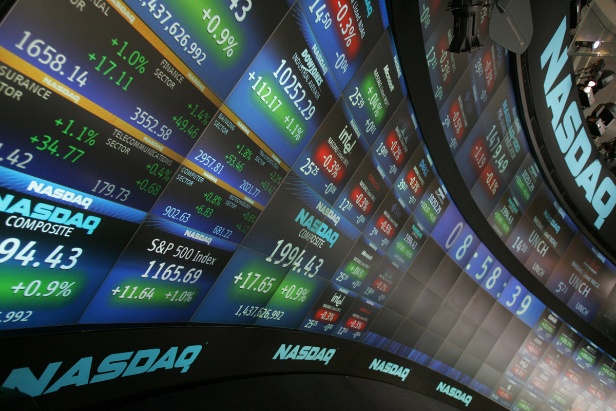 Four Ways to Invest More Confidently in a Volatile Market