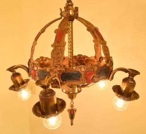 Crown, lit, main body view