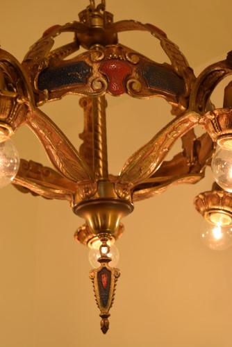 Crown, underside of frame closeup