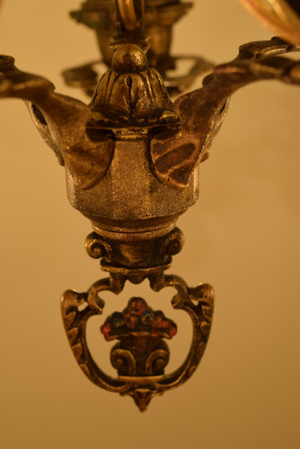 Brothers Grimm, bottom finial detail