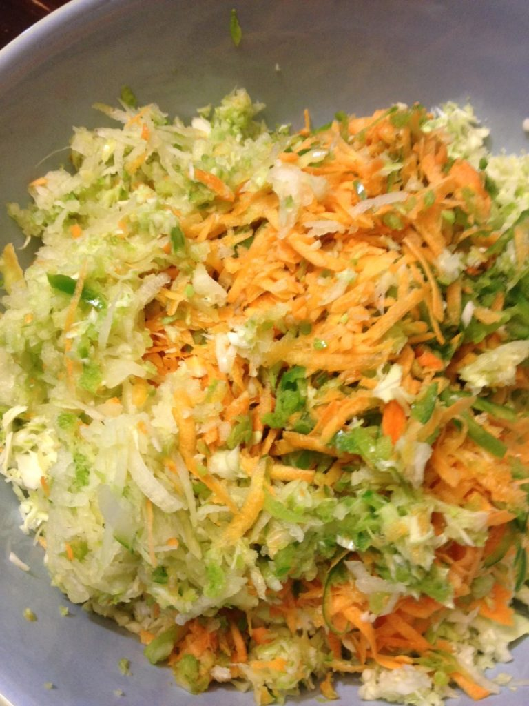 Vinegar based coleslaw recipe preparation takes only 5 minutes cole slaw using a food processor forumfinder Gallery