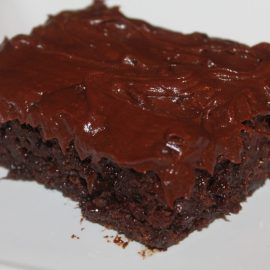 Chocolate Fudge Cake – With A Surprise, Healthy Ingredient
