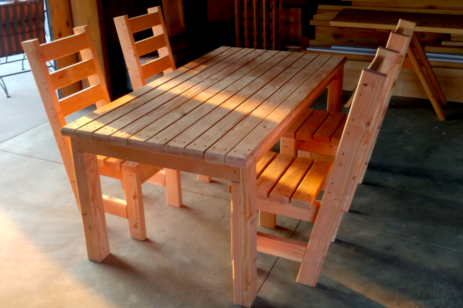 2x4 diy patio table and chair set