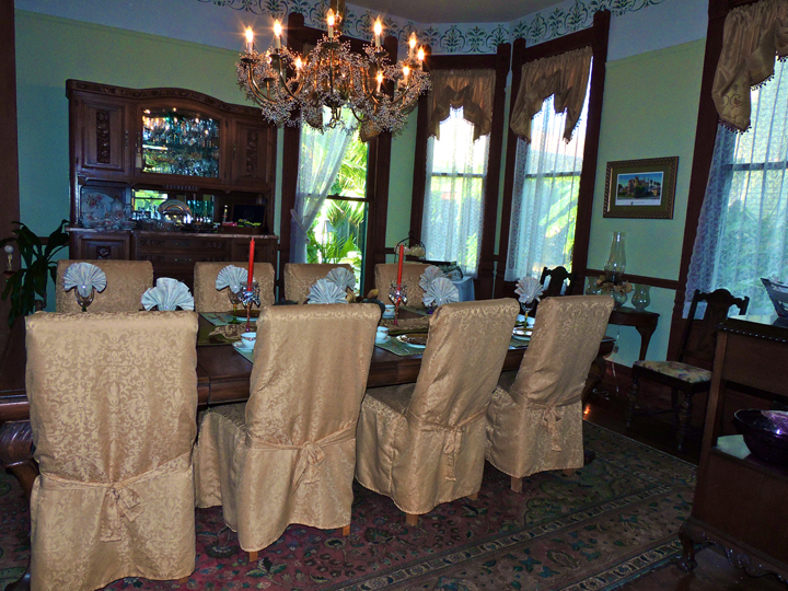 the coppersmith inn dining room 2