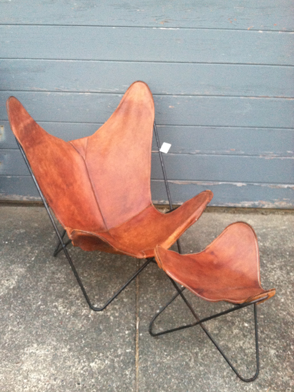 Thrifting Thursday - Leather Hardoy Butterfly Chair - Oleander + Palm