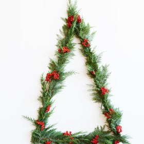 Modern Triangle Wall Christmas Tree
