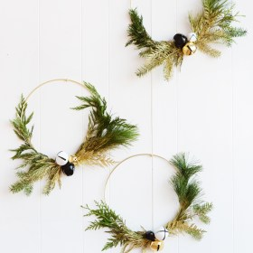 DIY Touch of Gold Modern Wreaths