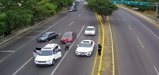 Dañan cámaras donde ejecutaron conductor del Mercedes