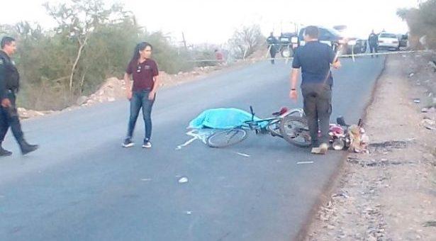 Muere ciclista al chocar contra una motocicleta