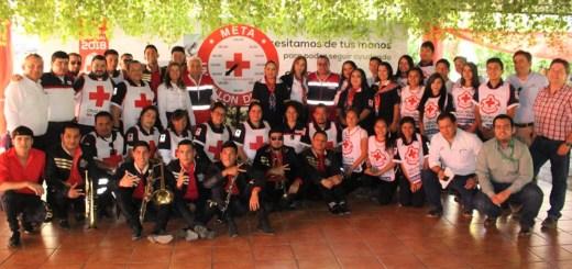 Rigoberto Valenzuela presente en la colecta de Cruz Roja Navolato
