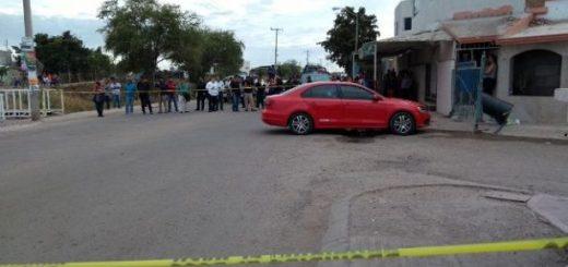 Una pareja es atacada a balazos en el fraccionamiento Villa Bonita