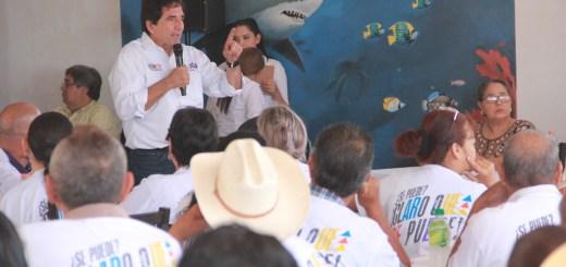 Hëctor Melesio Cuén Ojeda visita el municipio de Navolato