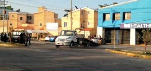 Hallan cinco cadáveres en vehículo en Cancún