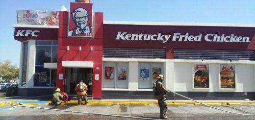 Restaurante KFC en Tres Ríos se incendia