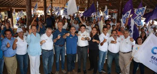 Gran encuentro ciudadano de Héctor Melesio Cuén Ojeda en Isla de la Piedra en Mazatlán