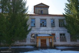 Разбитые окна, советская эпоха, деревня, катастрофа села, Россия, Путин