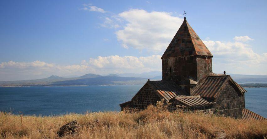 Армения, Севан, озеро, монастырь, фото