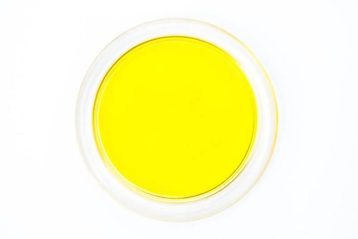 Nienasycone kwasy tłuszczowe Omega 3 w oleju lnianym Olini