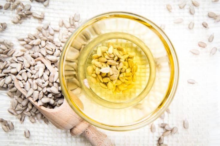 Zdrowy i świeży olej słonecznikowy od Olini