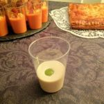 Chupito de crema de ajoblanco