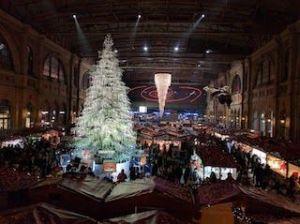 Mercado navideño en Zurich con el árbol de Swaroski, que ver y hacer en Zurich