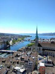 Fraumunster desde desde St peter, que ver y hacer en Zurich