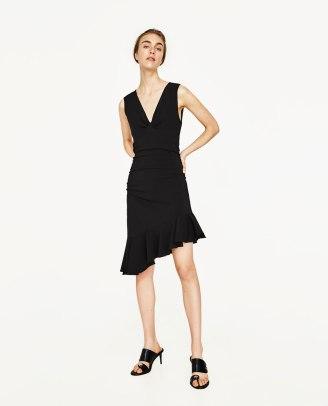 vestido volante negro