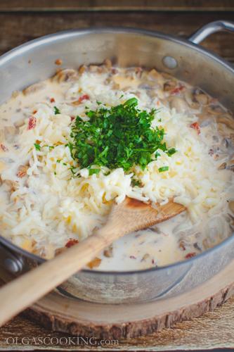 spaghetti in creamy havarti sauce-16